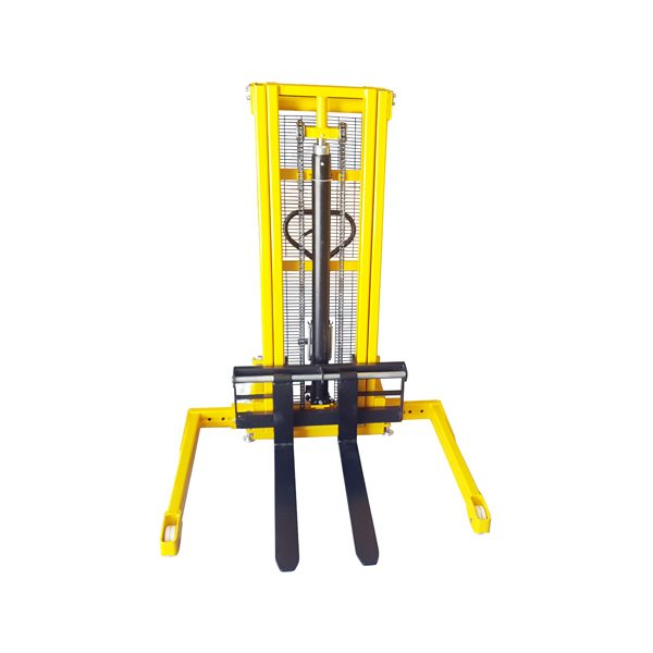 ST1016S 1000kg Pallet Stacker with Straddle Legs: FRONT VIEW with FORKS DOWN